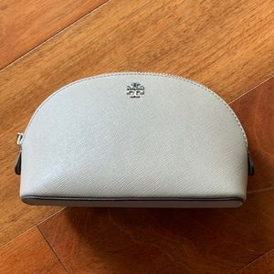 Tory Burch Robinson Small Leather Cosmetics Case